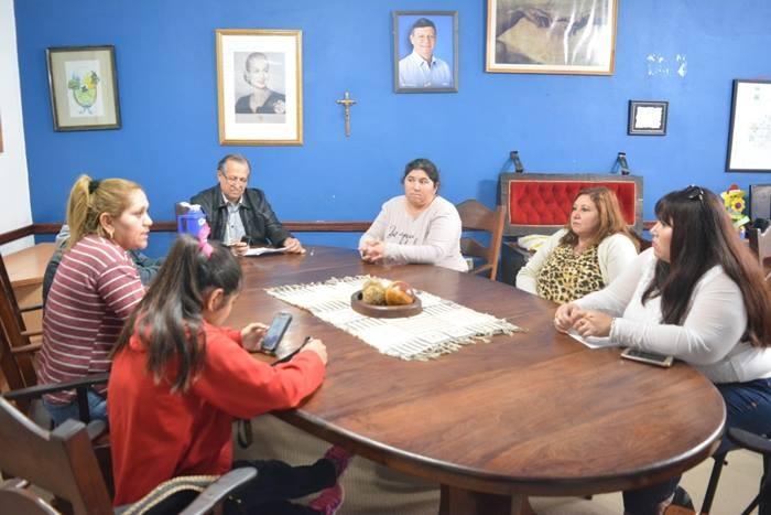 EL PEDIDO DE MEJOR ENERGIA PARA LA QUINTA 5 TAMBIEN FUE HACIA EL INTENDENTE ADALBERTO PAPP