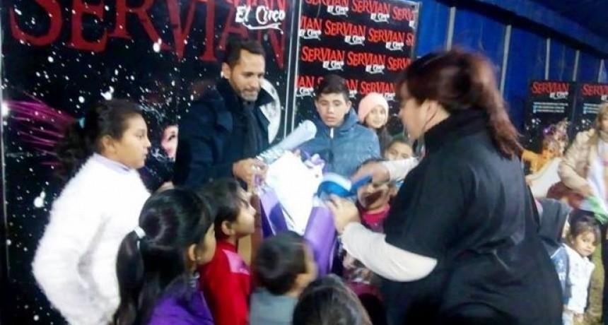LOS CHICOS DEL HOGAR DE NIÑOS TUVIERON SU NOCHE DE CIRCO