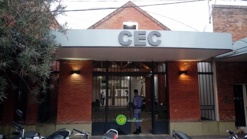COMENZÓ LA ELECCION DEL CENTRO DE EMPLEADOS DE COMERCIO SIN INGRESO DE LA PRENSA