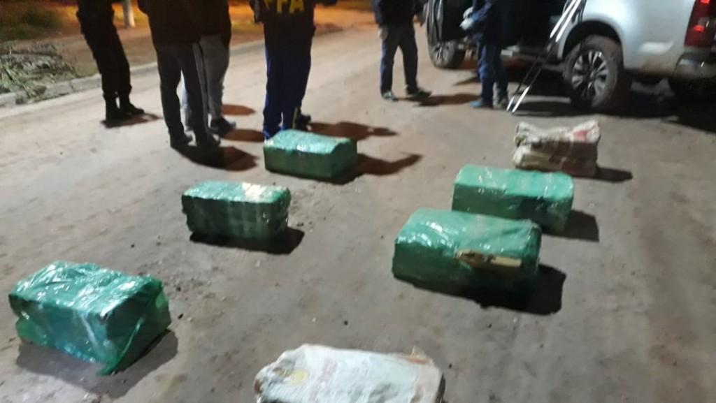 INCAUTARON CASI 200 KILOS DE MARIHUANA TRAS UNA PERSECUCIÓN EN LA RUTA 89