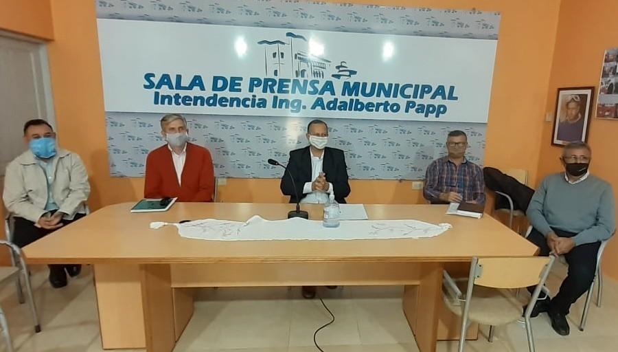 EL INTENDENTE ADALBERTO PAPP RECIBIÓ A PASTORES EVANGÉLICOS