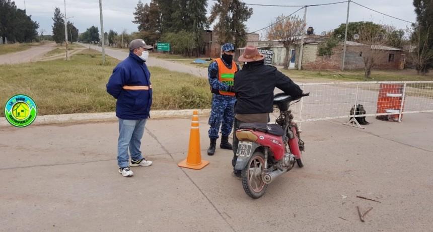 POLICIA Y PERSONAL DE TRANSITO CONTROLAN LOS ACCESOS A LA CIUDAD