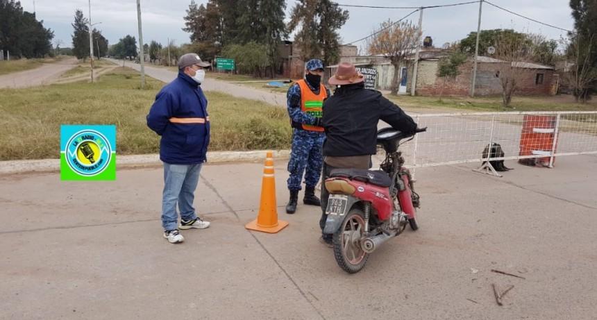 POLICÍA Y SERVICIOS PÚBLICOS TRABAJAN EN EL CIERRE DE LOS ACCESOS A LA CIUDAD