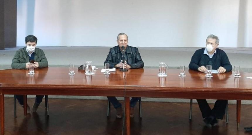 EL INTENDENTE PAPP EN LA REUNIÓN DEL COMITÉ DE CRISIS SANITARIA