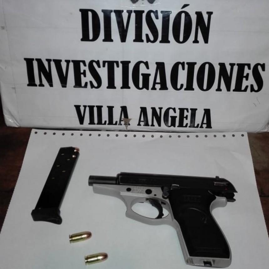 DETENIDO POR APUNTAR Y AMENZAR A UN VECINO CON UN ARMA DE FUEGO