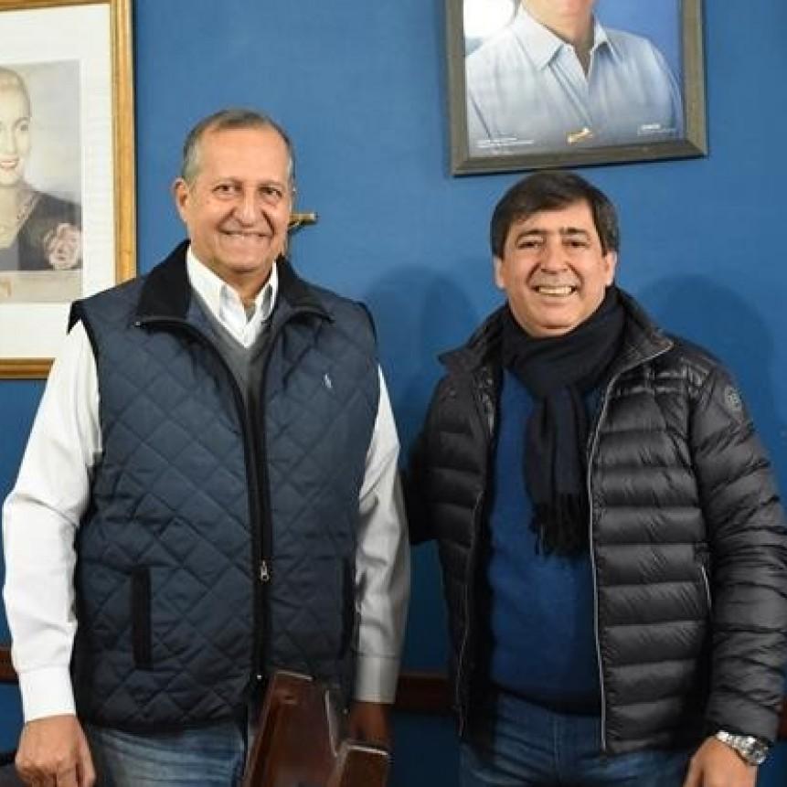 """GUSTAVO MARTÍNEZ: """"EL INTENDENTE TITI PAPP ES UN EJEMPLO DE GESTIÓN DE LA NUEVA POLÍTICA"""""""