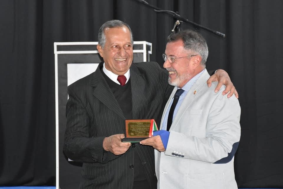 EL INTENDENTE ADALBERTO PAPP JUNTO AL EMBAJADOR DE HUNGRÍA Y EL GOBERNADOR REINAUGURARON LA SOCIEDAD HÚNGARA