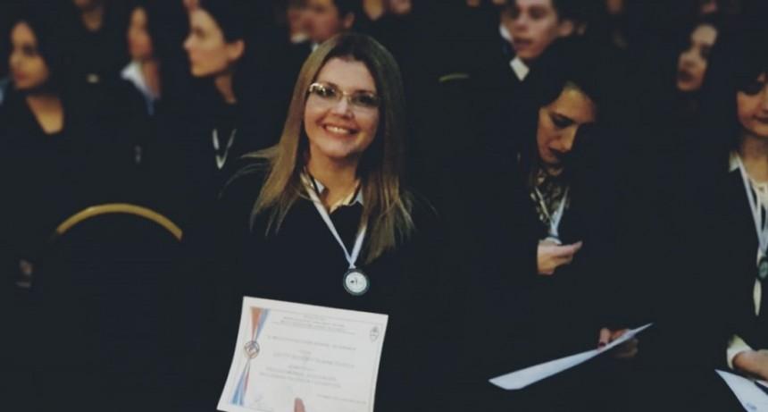 ROMINA CHYTT NUEVA PROFESORA DE LENGUAS E HISTORIAS
