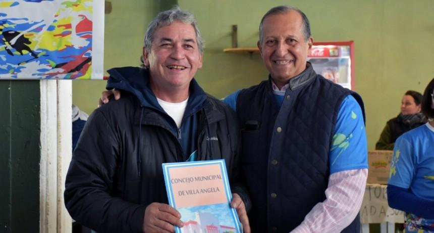 EL INTENDENTE PAPP ACOMPAÑÓ EL ENCUENTRO PROVINCIAL DE MINI VOLEY