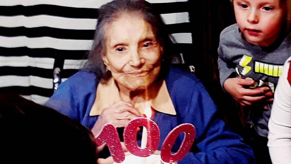 EVA SCHOPPLER UNA EMPRENDEDORA QUE CUMPLIÓ 100 AÑOS