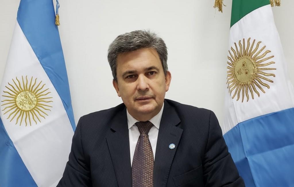 ZIMMERMANN IMPULSA LEY PARA MEJORAR LA VENTA DE COMERCIOS Y SERVICIOS