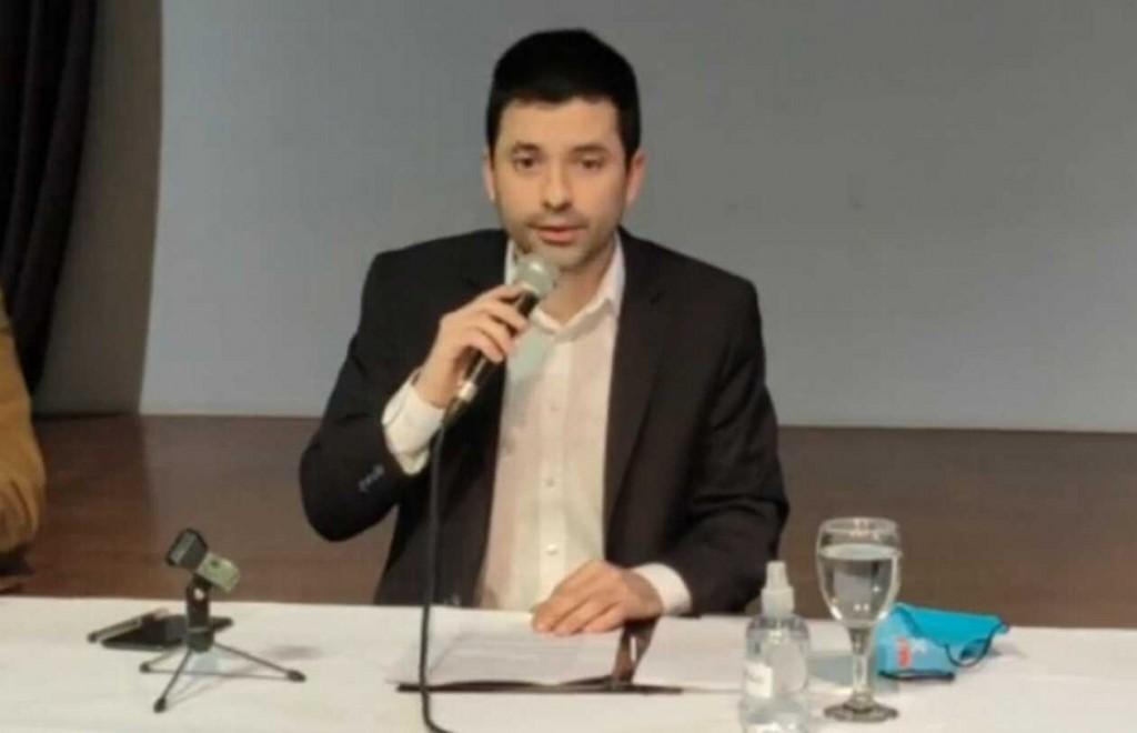 """BRUNO CIPOLINI: """"LOS DATOS QUE SE VIENEN SON ALARMANTES"""""""