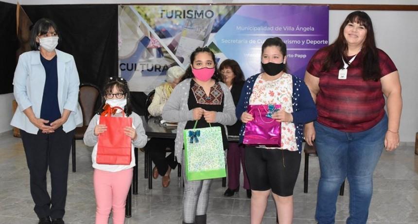 """ESTA MAÑANA SE ENTREGARON LOS PREMIOS DEL CERTAMEN """"CUANTANIÑOS"""""""