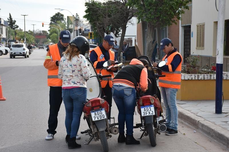LA JEFA DE TRÁNSITO SE REFIRIÓ A LA MODALIDAD DE TRABAJO DEL ÁREA Y A LOS CONTROLES DE TRÁNSITO