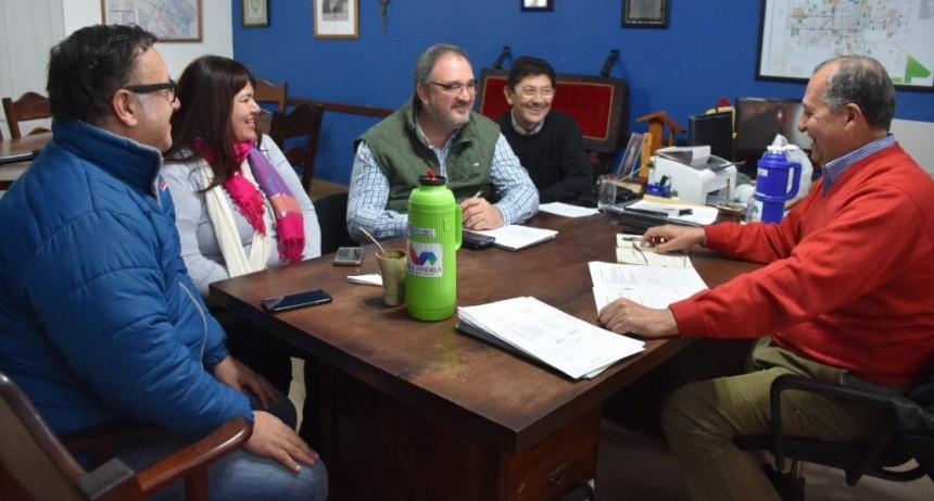 AUN CON CRISIS EL MUNICIPIO VILLANGELENSE CONTINUA CON LA COMPRA DE HERRAMIENTAS Y OBRAS