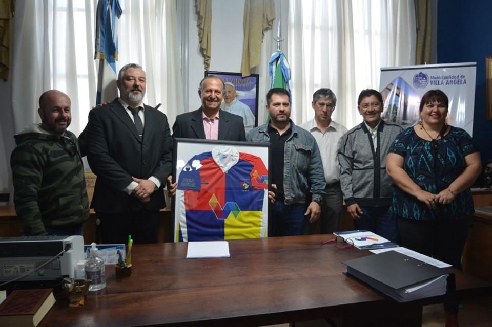 DIRIGENTES DEL CLUB COTTON AGRADECIERON AL INTENDENTE PAPP POR EL ACOMPAÑAMIENTO DEL MUNICIPIO