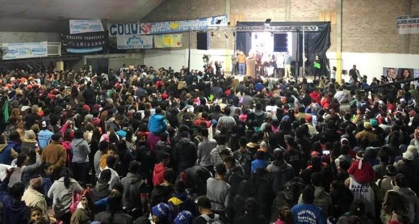 COQUI #ATR: MULTITUDINARIO CIERRE DE CAMPAÑA DE CAPITANICH EN VILLA ÁNGELA