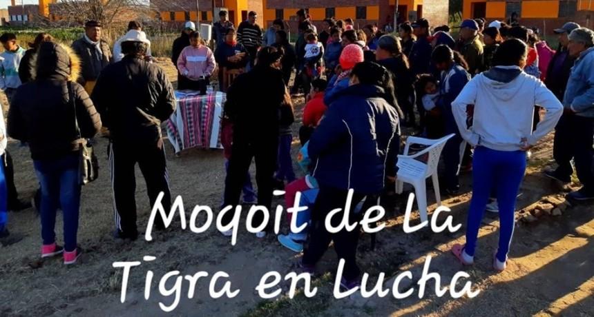 ACAMPE EN RECLAMO POR 60 VIVIENDAS PARA FAMILIAS ABORÍGENES SIN TERMINAR DESDE  HACE CINCO AÑOS