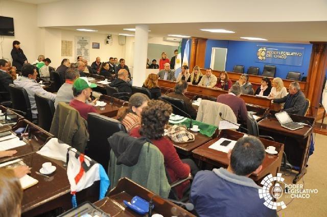 AGRICULTURA FAMILIAR: DELINEAN ACCIONES PARA PEDIR LA REINCORPORACIÓN DE TRABAJADORES DESPEDIDOS POR EL GOBIERNO NACIONAL