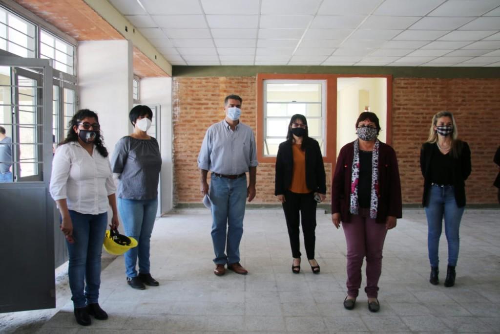 CAPITANICH SUPERVISÓ LAS OBRAS DE AMPLIACIÓN Y REFACCIÓN DE ESCUELAS EN CAPITÁN SOLARI, PAMPA DEL INDIO Y SAN MARTÍN