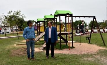 EL MUNICIPIO TRABAJO DE REFACCIÓN, PINTURA Y EMBELLECIMIENTO DEL PARQUE DEL CENTENARIO
