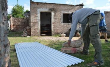 EL MUNICIPIO DE SAN BERNARDO TAMBIÉN ASISTIÓ A 13 FAMILIAS QUE PERDIERON EL TECHO DE SU VIVIENDA