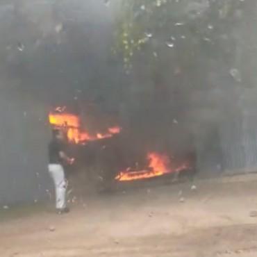 NUESTROS OYENTES PERIODISTAS TAMBIÉN CAPTARON EL MOMENTO DEL INCENDIO DE LA METALÚRGICA