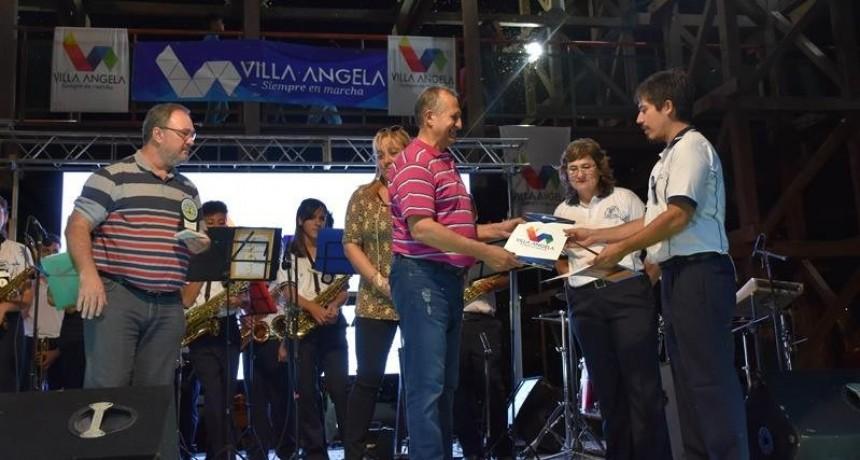 EL INTENDENTE ADALBERTO PAPP ACOMPAÑO A LOS MÚSICOS EN EL 1° ENCUENTRO DE BANDAS MUNICIPALES