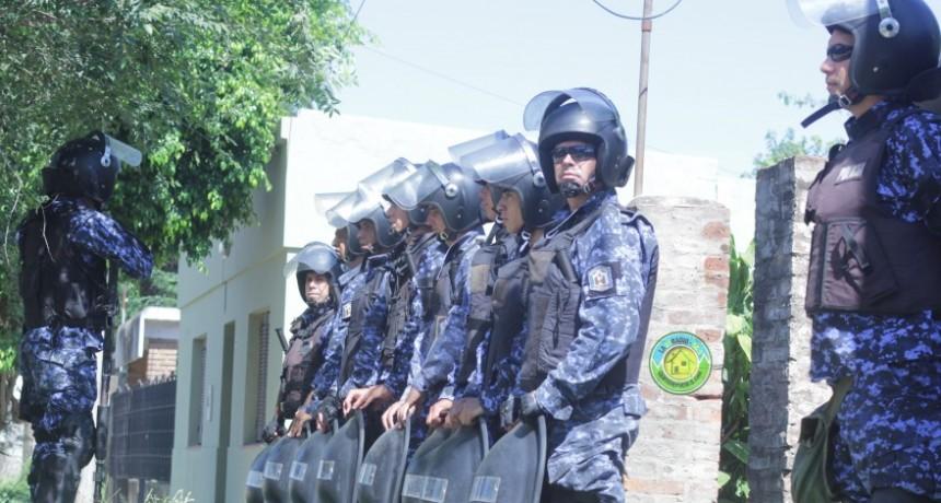 DESALOJO POLÉMICO EN  LA CALLE ECHEVERRÍA