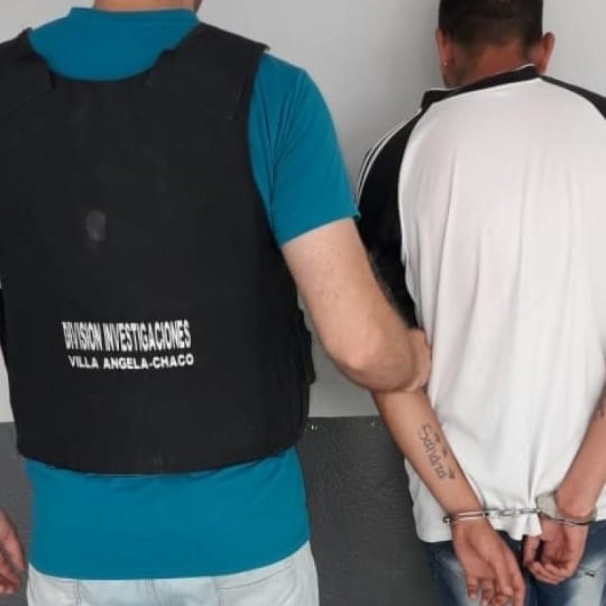 INVESTIGACIONES DETUVO A UN SUJETO QUE HOSTIGABA A UNA MUJER EN LA VÍA PÚBLICA Y LE EXIGÍA EL CELULAR