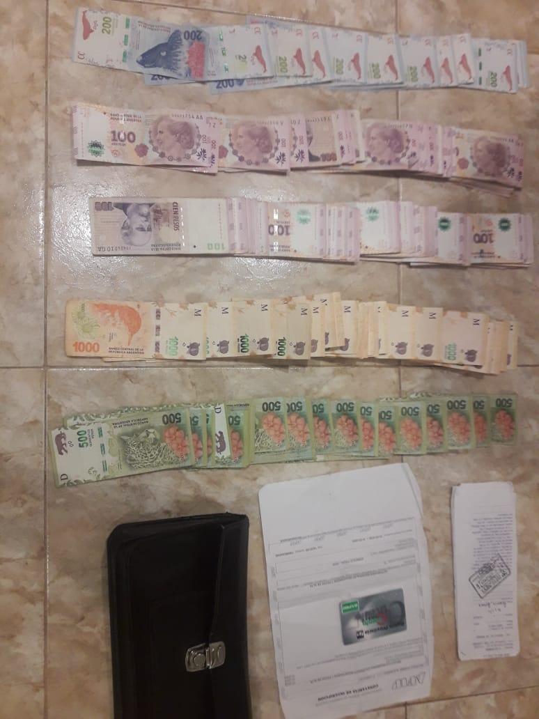 SAN BERNADO: PERDIÓ 90MIL PESOS PERO LA POLICÍA LOS RECUPERÓ
